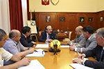 Глава Дагестана провел рабочую встречу с руководством Северо-Кавказской железной дороги