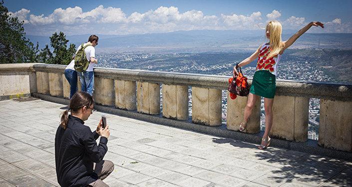 Туристы в Тбилиси