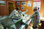 Krasnodar diyarında fermer təsərrüfatının mağazasında alıcı