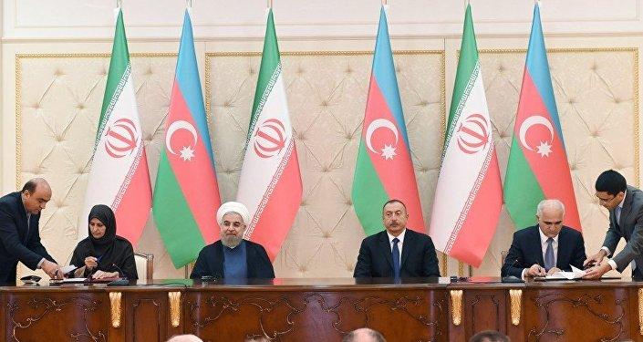 Azərbaycan-İran sənədlərinin imzalanma mərasimi