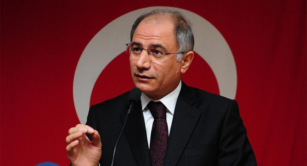 Руководитель МВД Турции ушел вотставку