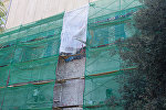 Bakı Slavyan Universitetinin fasadında aparılan təmir işləri