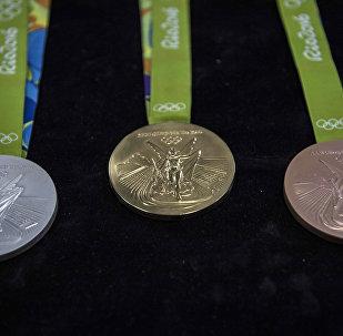 Золотая, серебряная и бронзовая медали Олимпийских Игр в Рио-де-Жанейро
