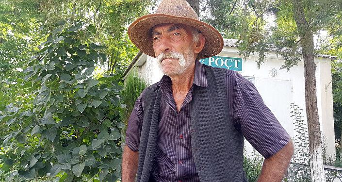 Abusəttar İskəndərov