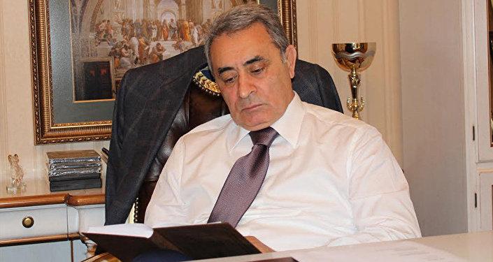 Professor İlham Rəhimov