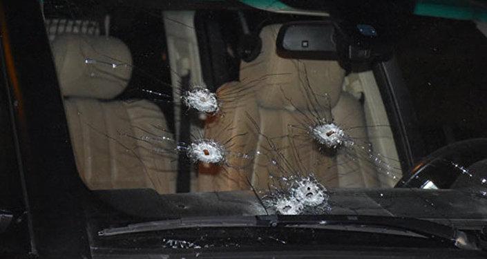 Простреленный автомобиль Ровшана Лянкяранского
