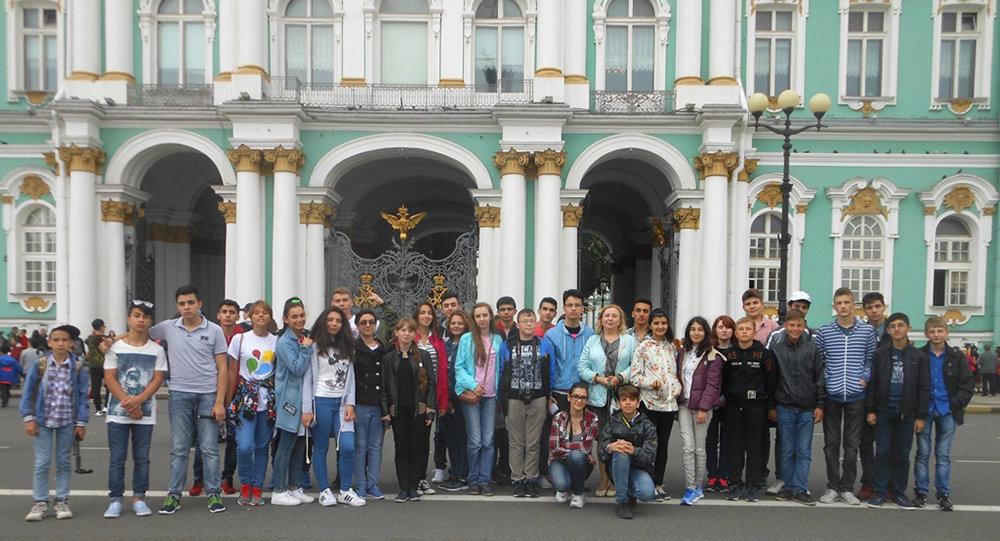 Азербайджанцами знакомства петербурге с в
