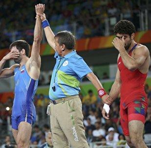 Вольная борьба, до 65 кг, мужчины. Финал. Поединок Тогрул Аскеров - Сослан Рамонов (Россия)