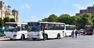 Автобусы на привокзальной площади в Баку