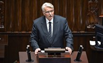 Польский министр иностранных дел Витольд Ващиковский