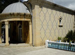 Очаг деда, или гробница Бобогил, в Талышских горах Азербайджана