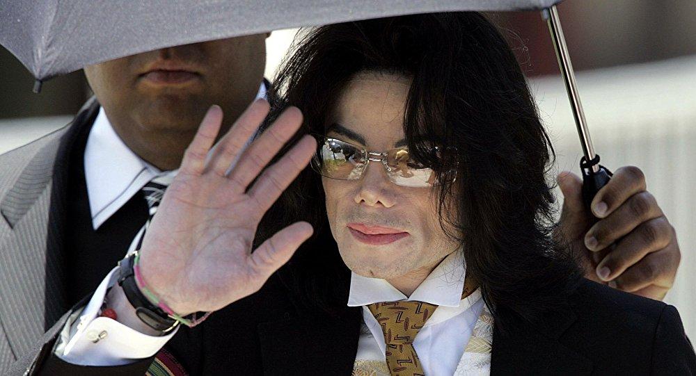 Сегодня Майклу Джексону исполнилосьбы 58