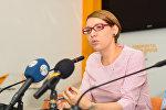 Polşalı analitik, Yeni Şərqi Avropa jurnalının şərhçisi Aneta Stşemjalska