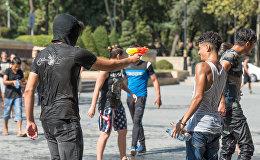 Мокрые войны - флешмоб в Баку