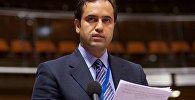 Депутат от правящей Партии справедливости и развития (ПСР) Ахмет Берат Чонкар
