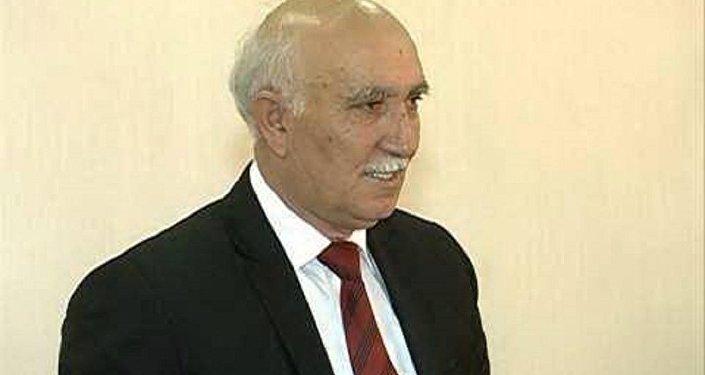 Yazıçı-publisist Əli Əliyev