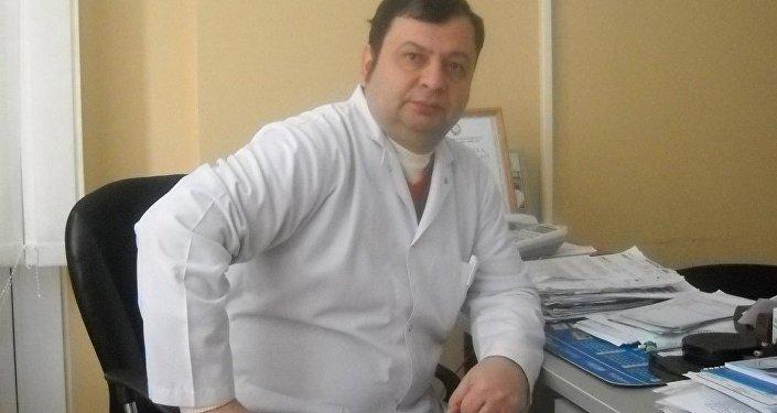Mahir Məmmədli həkim-dermotoloq