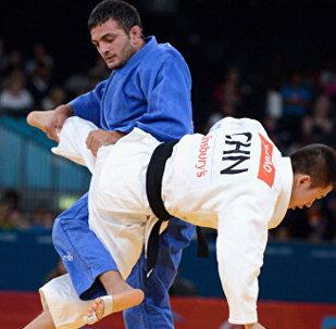 Байрам Мустафаев выиграл серебро Паралимпиады