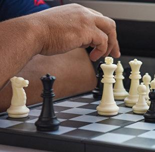 Игра в шахматы, фото из архива