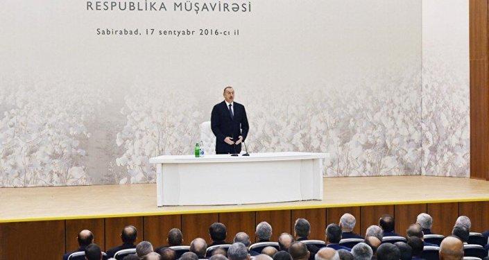 Под председательством Ильхама Алиева прошло совещание по развитию хлопководства