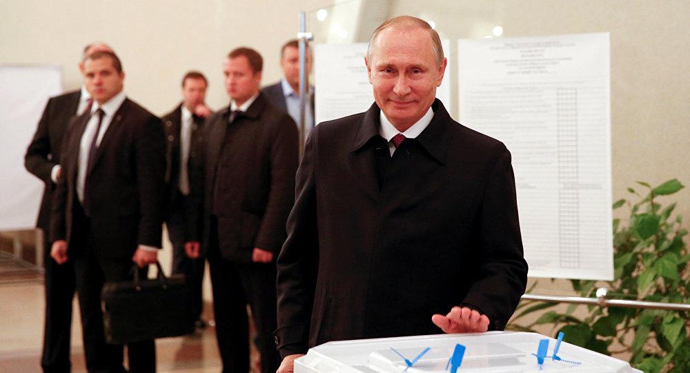 Картинки по запросу путин голосует