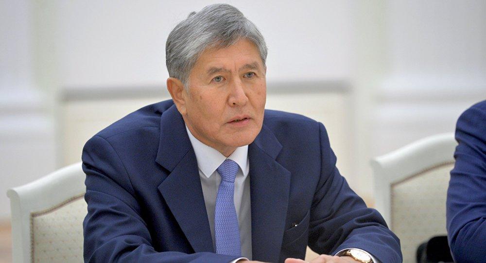 Президент Киргизии госпитализирован вТурции