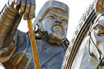 Çingizxanın heykəli