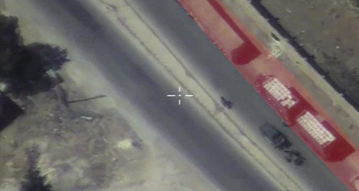 Лавров потребовал предъявить попавшие вгуманитарный конвой вСирии снаряды