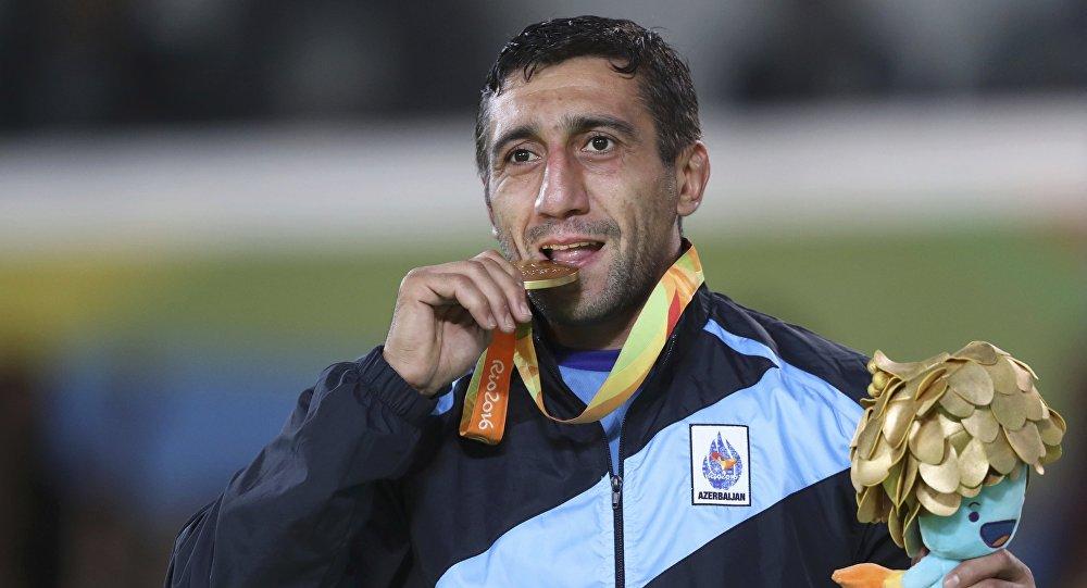 XV yay Paralimpiya oyunlarının qızıl medalçısı Ramil Qasımov