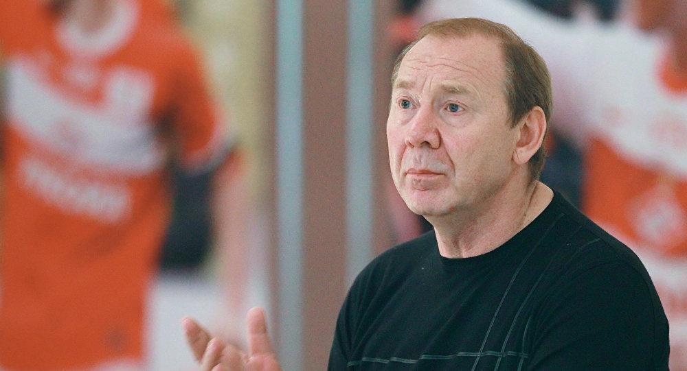 Ефремов снялся свыборов впрезиденты РФС впользу Мутко
