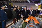 Президент Азербайджана Ильхам Алиев на второй Азербайджанской международной оборонной выставке ADEX 2016