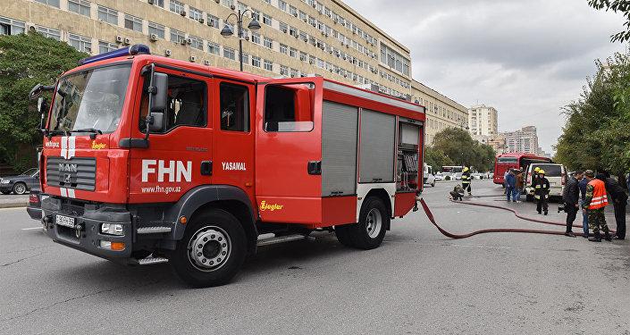 Пожарная машина МЧС Азербайджана, фото из архива