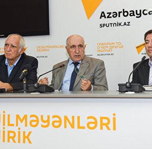 Azərbaycanda orta təhsilin problemləri və onların həlli yolları mövzusunda mətbuat konfransı