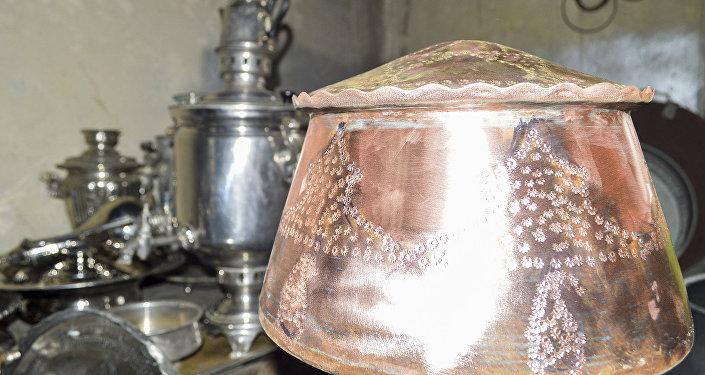 Qapaqlı mis qazanın hazırlanması 50-200 manata başa gəlir
