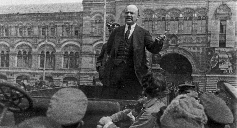 Овыброшенном натурецкий берег бюсте Ленина снимут комедию