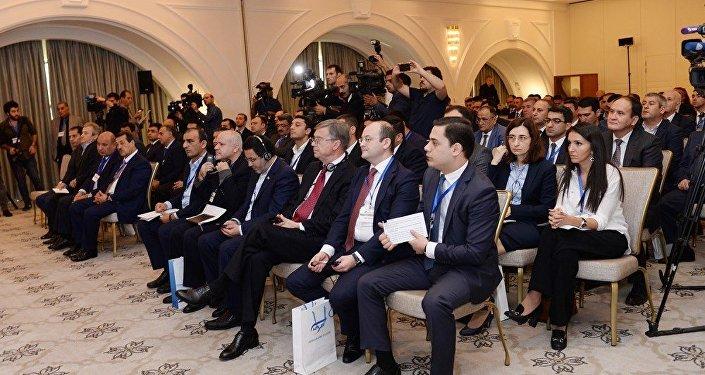 Создано Азербайджано-РоссийскоеСП «АзРусТранс»