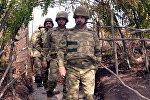 Müdafiə naziri müdafiənin ön xəttində yerləşən bölmələrdə olub