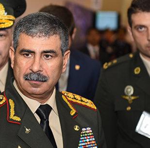 Министр обороны Азербайджана генерал-полковник Закир Гасанов, фото из архива