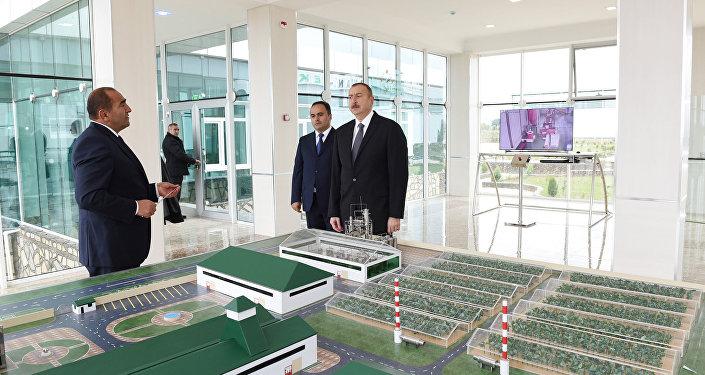 """İlham Əliyev Ağstafada """"Karvan-L EKO"""" sənaye parkında inşası başa çatdırılan müəssisələrin və istixana kompleksinin açılışında iştirak edib"""