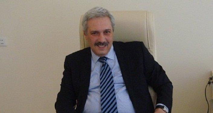 Səhiyyə Nazirliyinin Psixi Sağlamlıq Mərkəzinin direktoru Fuad İsmayılov