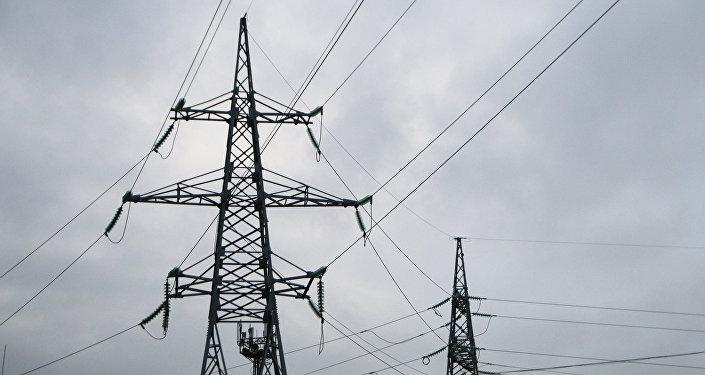 Высоковольтные линии электропередачи, архивное фото