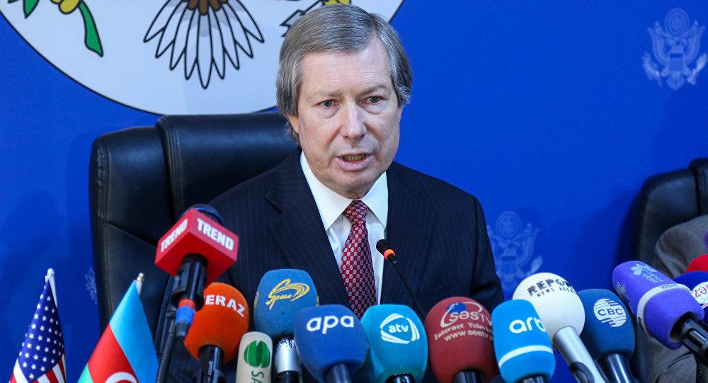 Алиев готов кпереговорам сСаргсяном поурегулированию вКарабахе