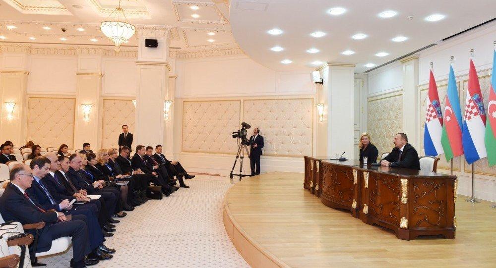 Встреча спецпредставителяЕС сКареном Мирзояном заблаговременно согласована сАзербайджаном— МИД