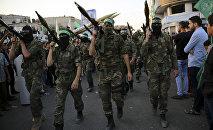 Палестинские члены бригады Изз ад-Дин аль-Кассам военного крыла ХАМАС