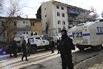 Türk polisi Çinar ərazisinin təhlükəsizliyi qoruyur, arxiv şəkli