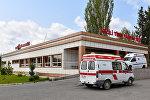 Кареты скорой помощи во дворе одной из региональных больниц, фото из архива