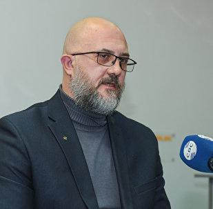 Российский политолог Евгений Михайлов в Мультимедийном пресс-центре Sputnik Азербайджан