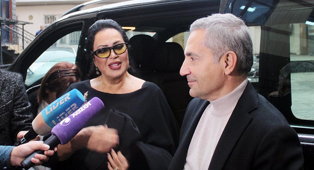 Türkiyənin məşhur aktrisası Türkan Şoray Bakıda