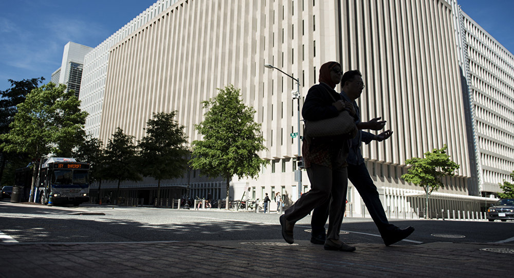 Азербайджану стоит пересмотреть валютную политику— Всемирный банк
