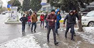 Первый снег в Баку, архивное фото